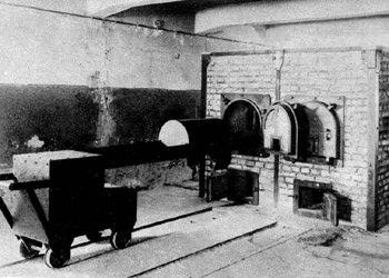 Littérature concentrationnaire Auschwitz_four