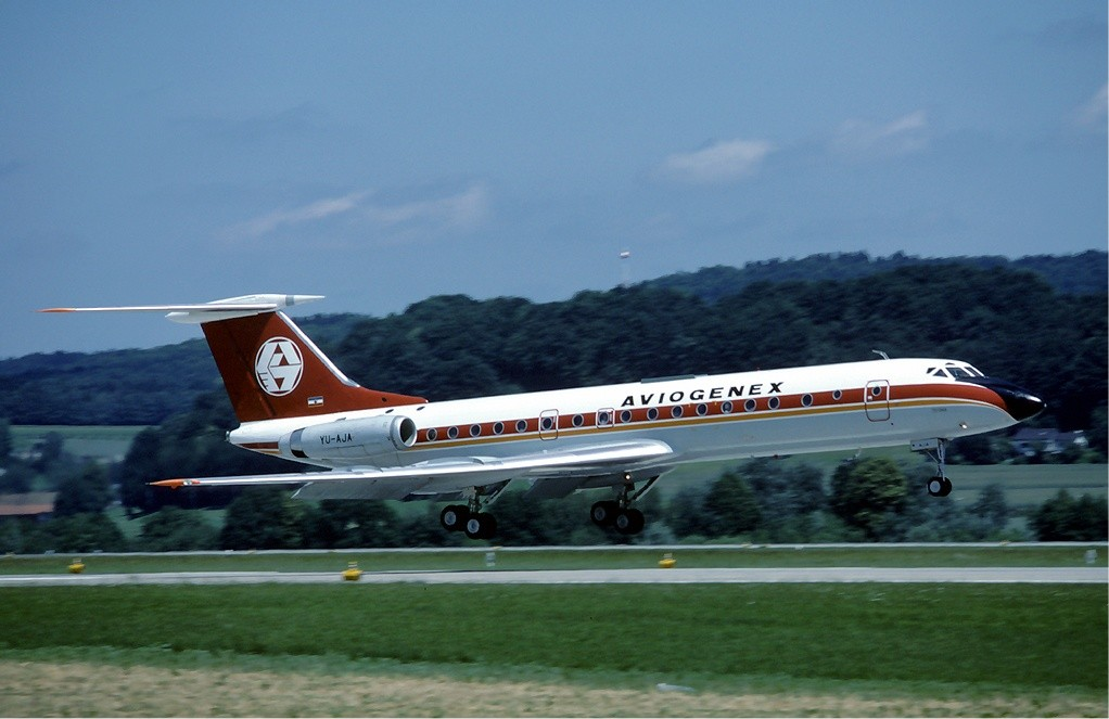Trgovina u Rijeci Tupolev_Tu-134_of_Aviogenex