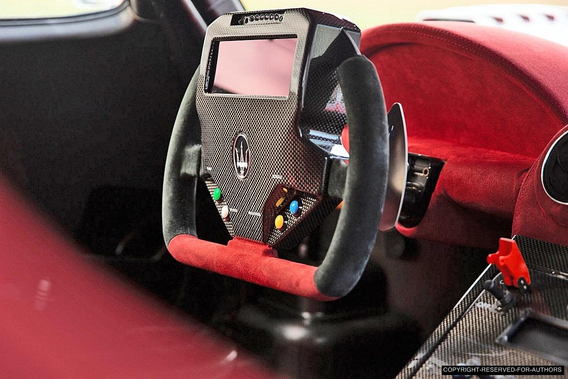 Maserati MC12 - Page 2 MC12-Corsa-04