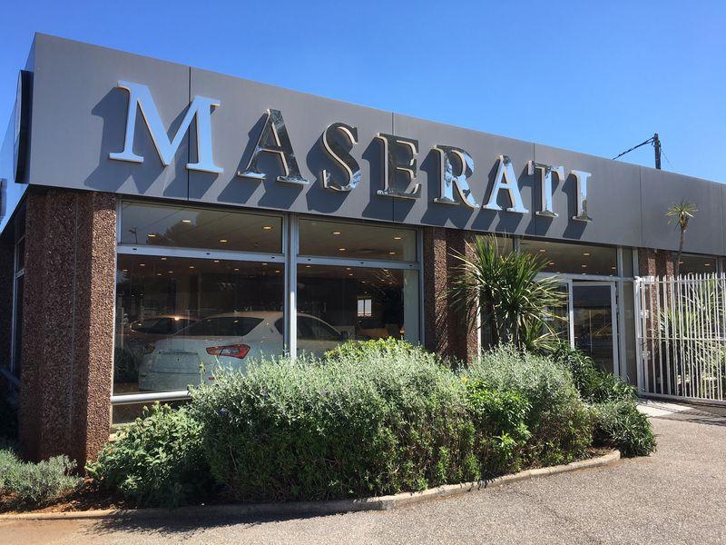 Photos concessions Maserati Maserati-Antibes-01