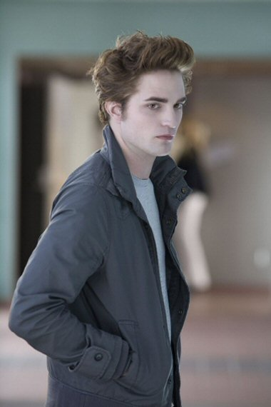Edward Cullen Robert_pattinson_twilight_edward_cullen