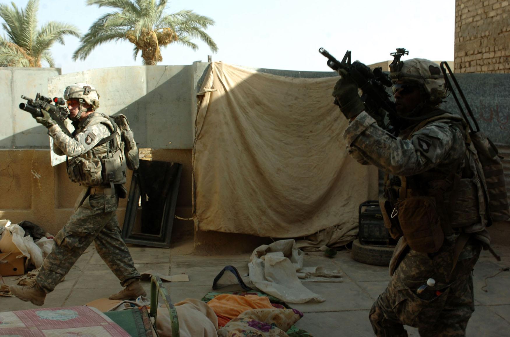 scène de combat 101st-Airborne-Division1
