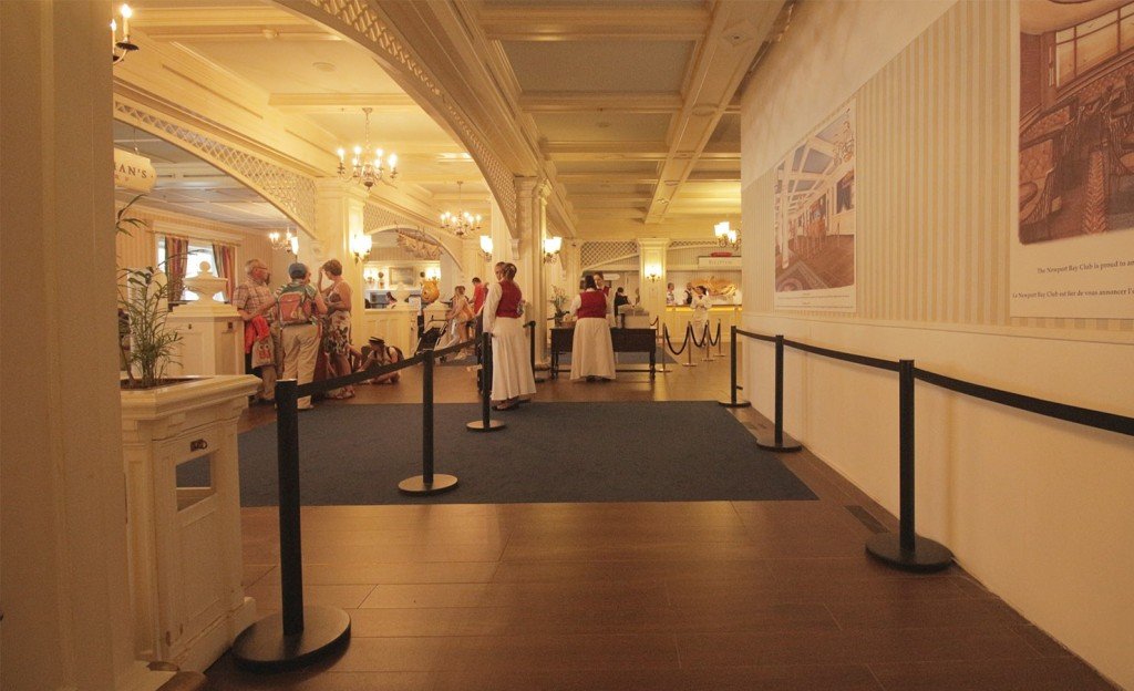 Disney's Newport Bay Club - Page 5 Lobby-travaux-4-1024x624