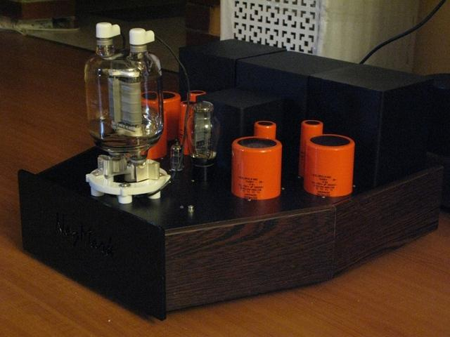 SE vs. PP - To be or not to be? - Página 2 Single-Ended-833-Tube-Amplifier-Monoblock