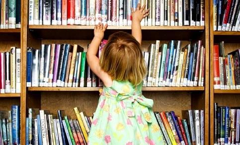 Авторы сказок рассказов и стихов для детей 726e7711ea