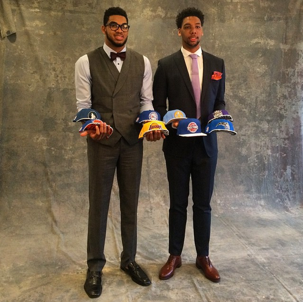 ¿Cuánto mide Karl Anthony Towns? - Real height Nbadraft1