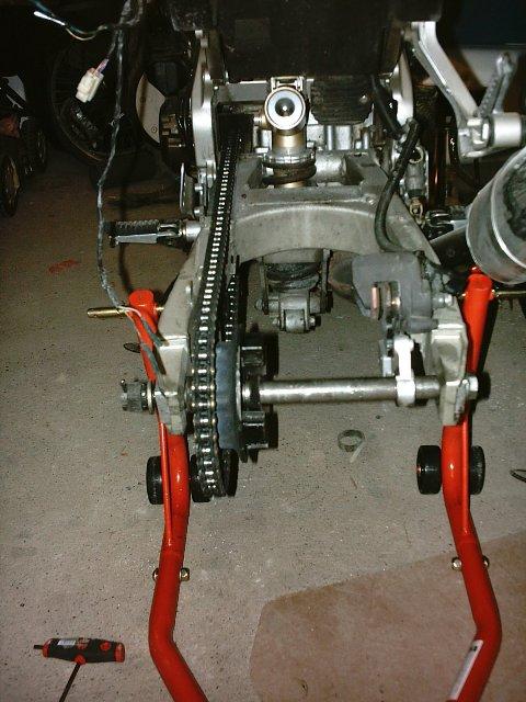 Préparation de la saison piste 2008 ( ZX6R 98 et 99 inside ) - Page 3 IMAG0467