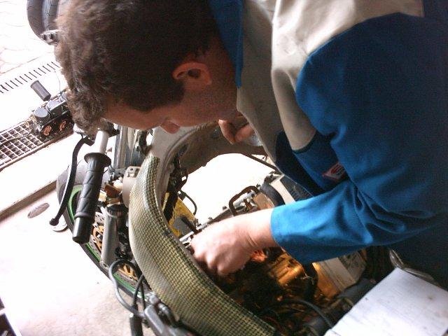 Préparation de la saison piste 2008 ( ZX6R 98 et 99 inside ) - Page 5 IMAG0643
