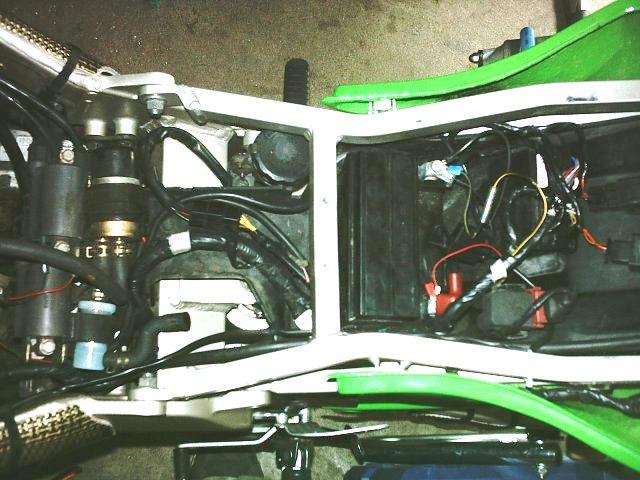 Préparation de la saison piste 2008 ( ZX6R 98 et 99 inside ) - Page 13 IMAG0843