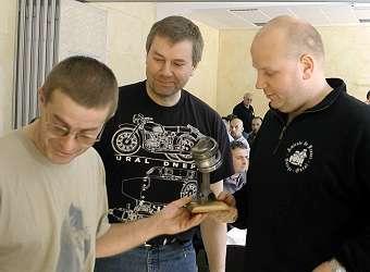 Souvenir du dernier rassemblement Oural/Dniepr organisé par Oural et Petitcoeur Recit_Wingen-2004-16