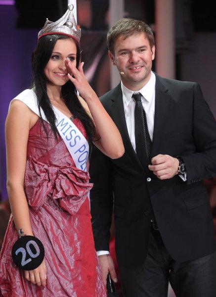 Maria Nowakowska (POLAND UNIVERSE 2010) 163911_b_big