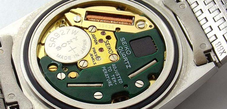 Nên chọn đồng hồ quartz hay đồng hồ cơ khi mua? So-s%C3%A1nh-%C4%91%E1%BB%93ng-h%E1%BB%93-quartz-v%C3%A0-c%C6%A1-768x369