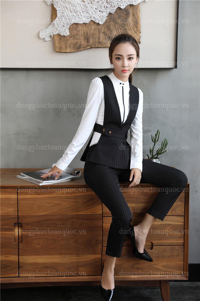 Cả tuần với  rạng rỡ mẫu đồng phục áo gile nữ văn phòng đẹp miễn chê 21%20(14)