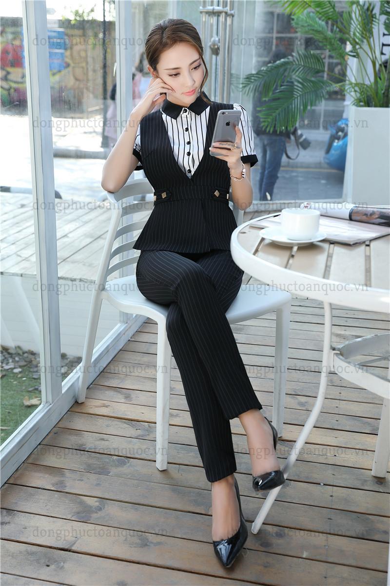 Cả tuần với  rạng rỡ mẫu đồng phục áo gile nữ văn phòng đẹp miễn chê 21%20(23)