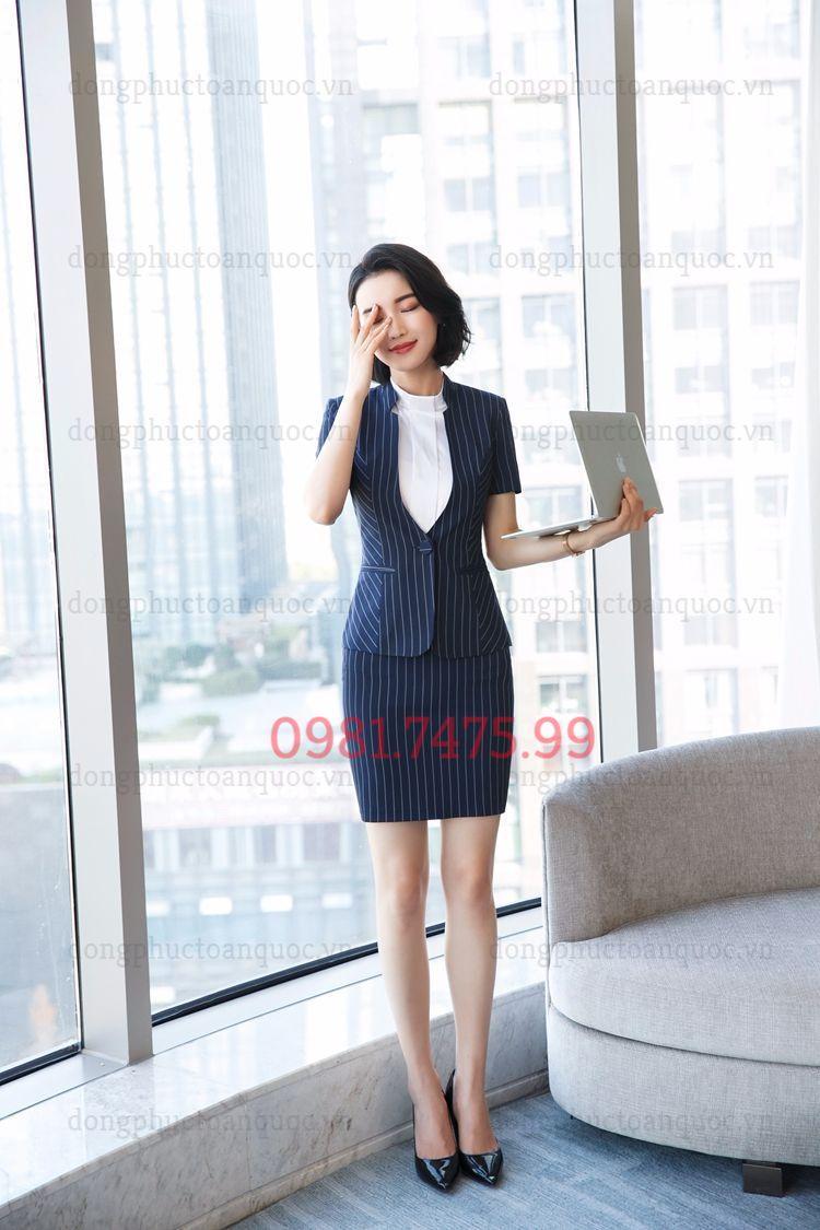 Mẫu vest nữ văn phòng thời trang giúp phái đẹp tự tin và thời thượng  74s