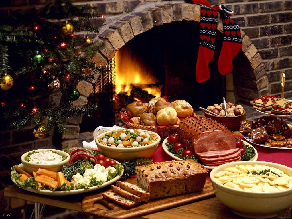 Karácsonyfa Christmas-dinner-1