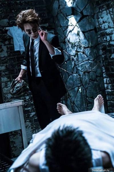 Чжи Сон   Ji Sung - Страница 2 Ji-sung-portrays-a-vampire2-400