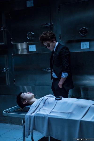 Чжи Сон   Ji Sung - Страница 2 Ji-sung-portrays-a-vampire3-400