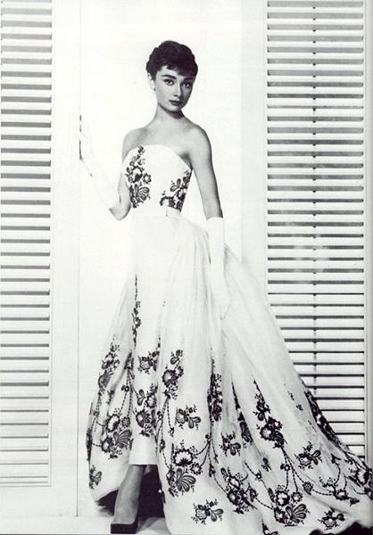 Abiti indossati da Audrey Hepburn 1241259717321_sabrina