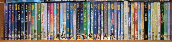 Postez les photos de votre collection de DVD Disney ! Disney_etage_1