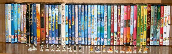 Postez les photos de votre collection de DVD Disney ! Disney_etage_2