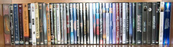Postez les photos de votre collection de DVD Disney ! Dvd_suite_etage_4