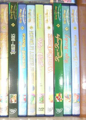 Postez les photos de votre collection de DVD Disney ! Etage1_3