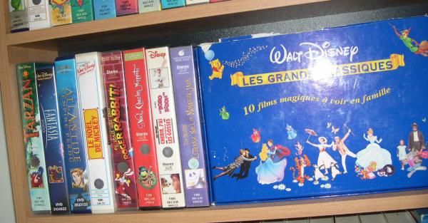 Postez les photos de votre collection de DVD Disney ! Video_etage3