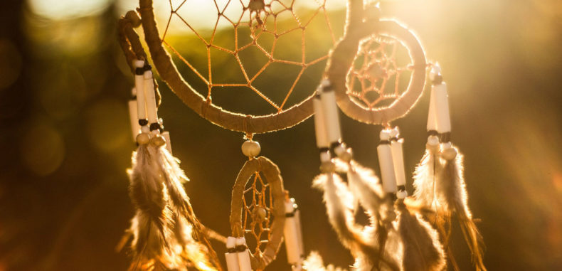 Your Spirit Guide Might Contact You In Each One of These 4 Situations Dreamcatcher-Spirit-Guide--790x381