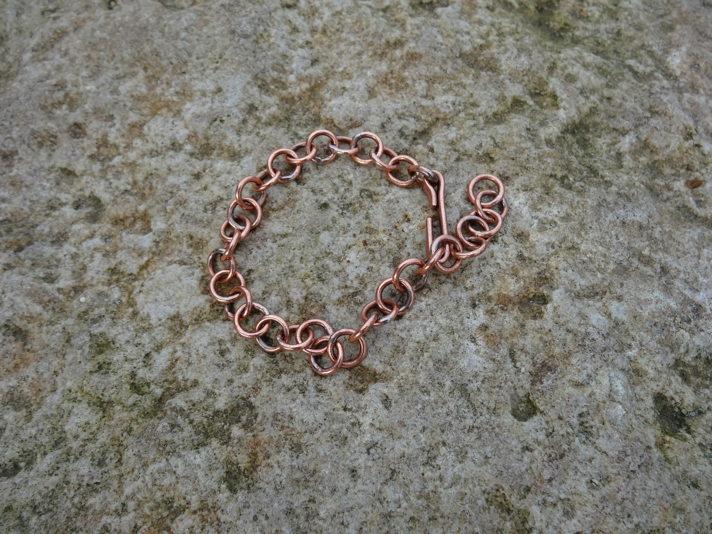 Première chaine pour un bracelet en cuivre DSC07763