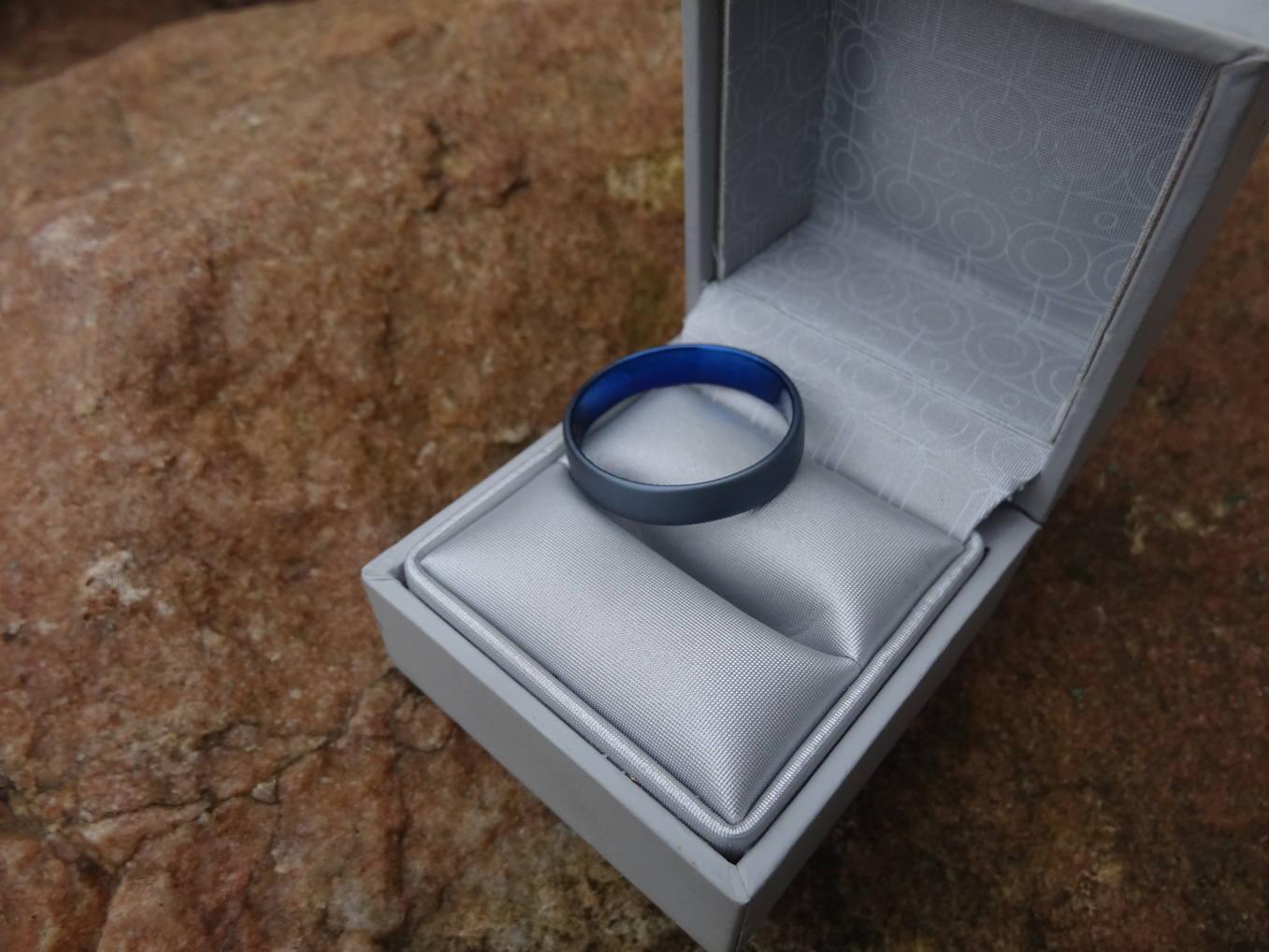 Premier anneau sans soudure . Oui mais en quoi????? DSC06142