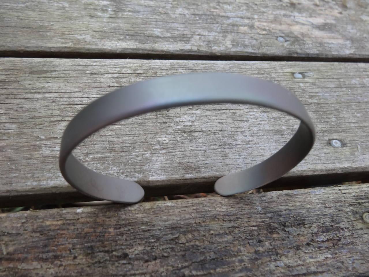 Mes cadeaux de noël (bracelets et bague titane) DSC08261