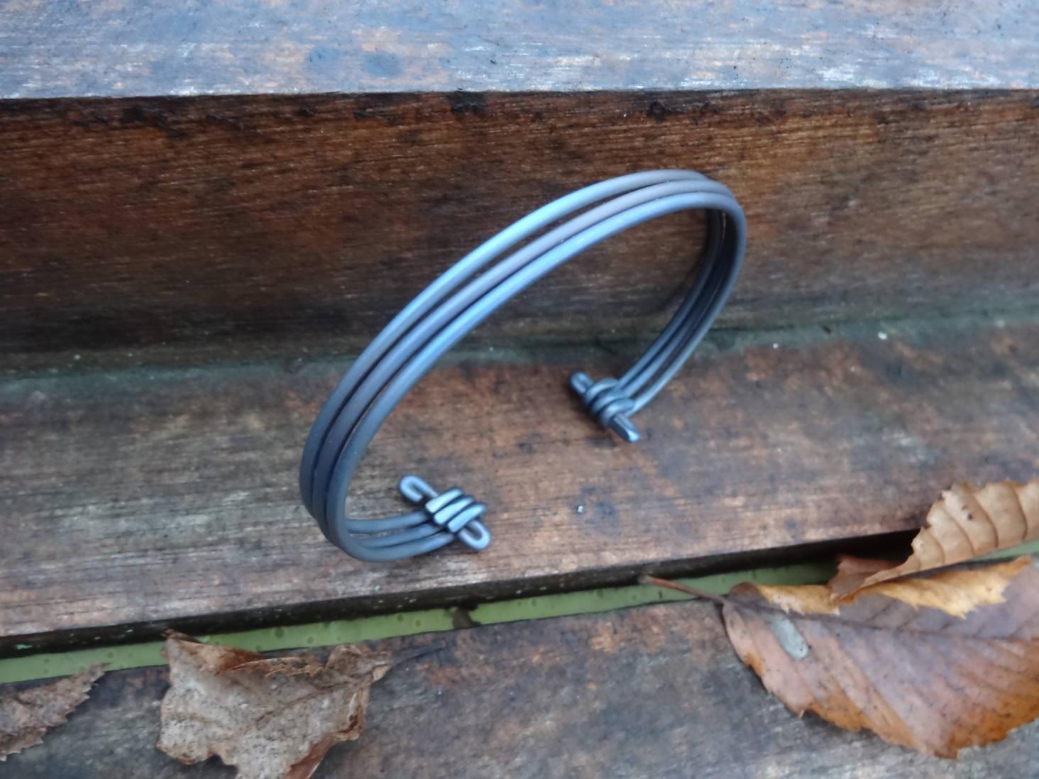 Mes cadeaux de noël (bracelets et bague titane) DSC08232