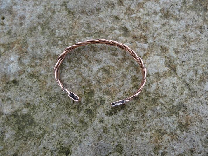 Bracelet tressé en cuivre DSC08197