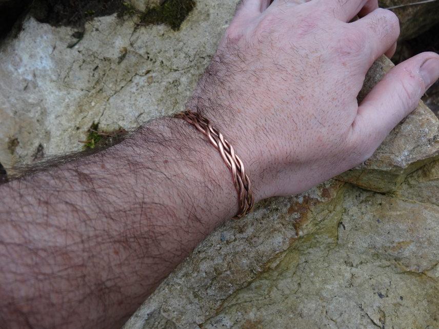 Bracelet tressé en cuivre DSC08200