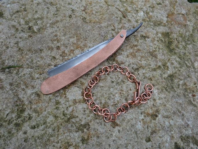 Première chaine pour un bracelet en cuivre DSC07764