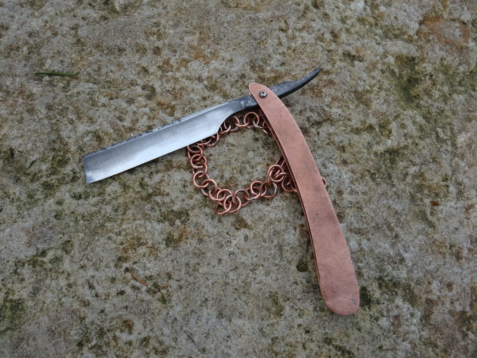 Première chaine pour un bracelet en cuivre DSC07770