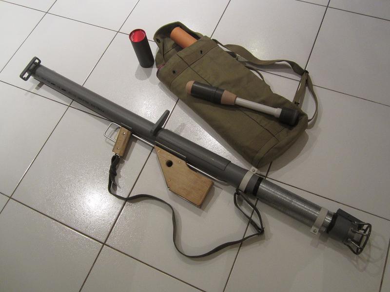 [Droop] Bazooka M1A1 - US WW2 - Page 2 IMG_6664