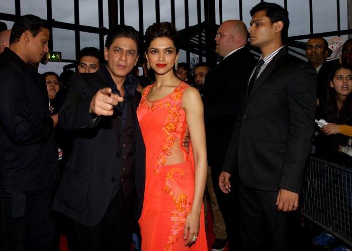 SRK and Deepika promote their Chennai Express in London London1
