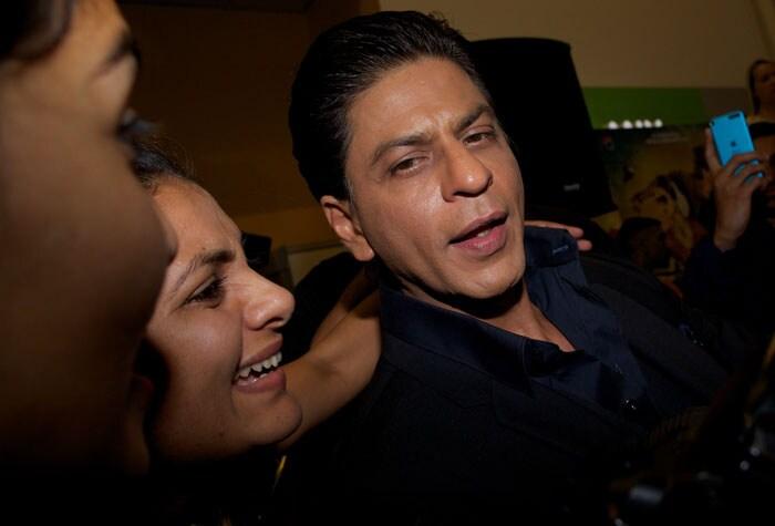 SRK and Deepika promote their Chennai Express in London London4