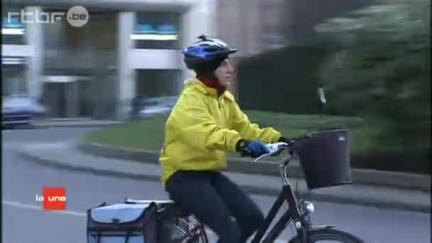 tourne à droite cycliste en Belgique Full