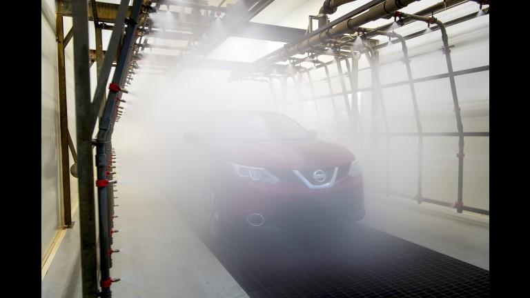 """Nissan coloca seus crossovers em uma """"máquina de lavar louças"""" 85cbd8e3-06aa-4506-8fbe-7d78678a8f59-768x432-force"""