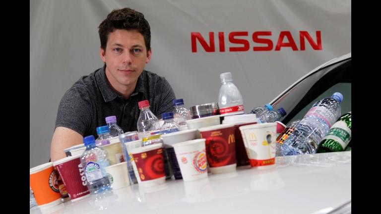 Como a Nissan assegura que seus porta-copos não deixam o líquido do copo cair? Dff603b1-7a55-40d1-b785-a6528bb89f17-768x432-force