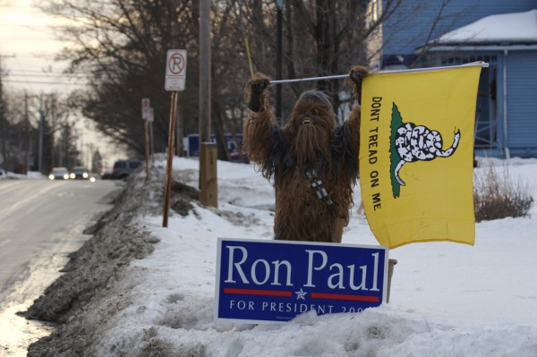 The United States of the Solar System, A.D. 2133 (Book Seven and the Seven Seals) - Page 10 Chewbacca-ron-paul-600x399