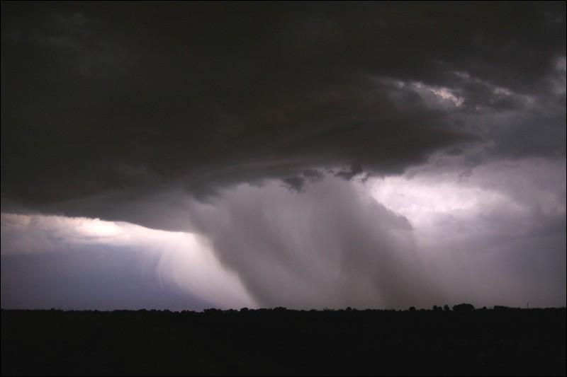 Rumeur du 6 janvier Une-image-de-tornade-impressionnante