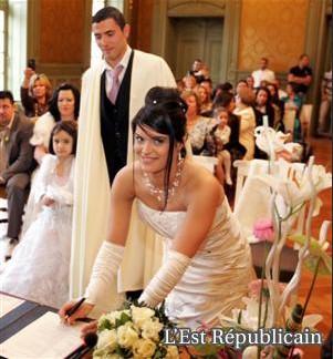 زوجات لاعبي المنتخب الوطني 100302024335117069