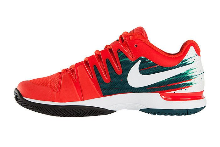 Scarpe Nike Vapor 9 Tour - Pagina 17 Ita_pl_Nike-Zoom-Vapor-9-5-Tour-Roger-Federer-Australian-Open-2014-1891_4