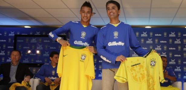 ¿Cuánto mide Bebeto? - Real height Neymar-posa-para-fotos-com-a-camisa-da-selecao-brasileira-ao-lado-de-bebeto-1282008352786_615x300