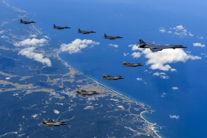 Movimientos militares, tendencias a la guerra imperialista mundial. - Página 15 15061958152032