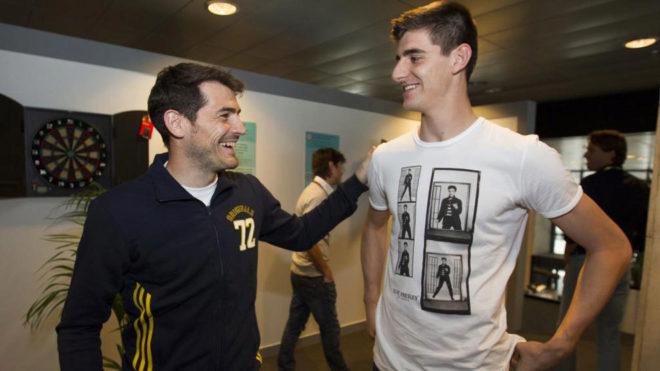 ¿Cuánto mide Thibaut Courtois? - Altura - Real height 14858637684407